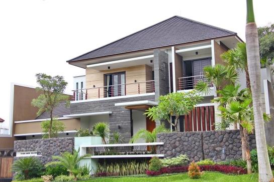 Minimalist House Models ( Model-Model Rumah Minimalis Yang Menggunakan Genteng Flat )